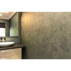Perlata walls to wc interior