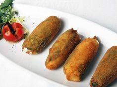 Pimientos de la Vega rellenos de queso y jamón. Reserva online en EligeTuPlato.es