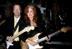 The Rock and Roll Hall of Fame Inductees, 1986 - 2014 Pictures - Bonnie Raitt 2000 Inductee | Rolling Stone