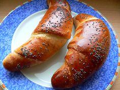 Loupáčky | brydova.cz Pretzel Bites, Baked Potato, Sausage, Food And Drink, Potatoes, Bread, Vegetables, Ethnic Recipes, Hampers