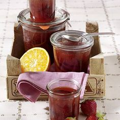 Erdbeer-Orangen-Konfitüre Rezept | LECKER