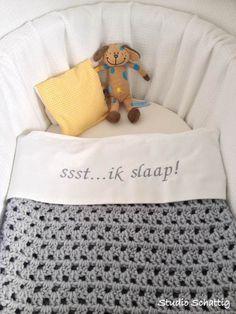 Laken en deken Studio Schattig  YELLOW BABY Studio