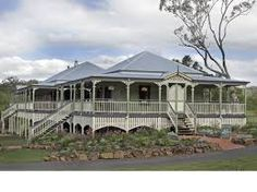 'Queenslander' I need to know where to buy round posts to hold-up the verandas, does anyone know. Australian Architecture, Australian Homes, Cottage Design, House Design, Queenslander House, Front Verandah, Home Porch, Hamptons House, Country Style Homes
