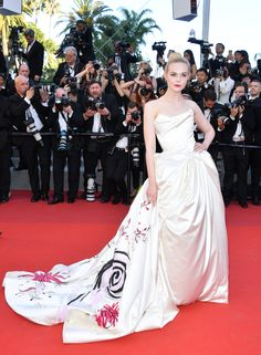 And Elle Fanning Working It From the Front