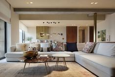 Modern Apartment in China Mix Western Design and Eastern Lifestyle/ SEE MORE AT: http://modernhomedecor.eu/interiors/modern-apartment-china-mix-western-design-eastern-lifestyle/