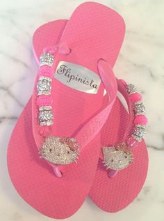 Hello Kitty by Flipinista Hello Kitty Clothes, Hello Kitty Shoes, Hello Kitty Items, Bling Flip Flops, Cute Flip Flops, Cute Shoes, Me Too Shoes, Flip Flop Images, Flip Flop Craft