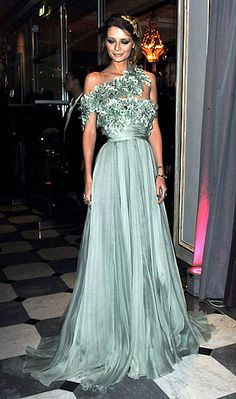 She was everything....My personal fav...Misha in Elie Saab....the lovely dress....AH!