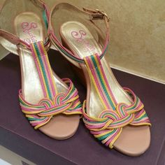 "Seychelles strappy sandal Beautiful leather multicolor sandal has great ankle strap with gold buckle. 3 1/2"" stacked heel.  Minimal wear. Seychelles Shoes"