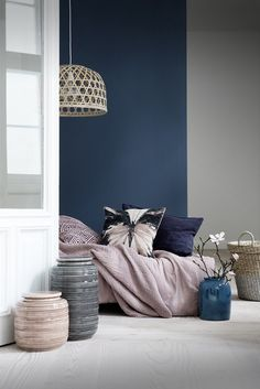 Bedroom : Gray And Blue Living Room Navy Blue Living Room Decor Navy Blue And White Bedroom Decor Light Blue Living Room Grey And Yellow Bedroom Amazing dark blue bedroom Navy Blue Bedding Ideas' Blue Gray Bedroom' Navy White Bedroom plus Bedrooms Suites, Home And Deco, New Room, Colorful Interiors, Blue Interiors, Home Interior Design, Home Interior Colors, Interior Ideas, 2018 Interior Trends