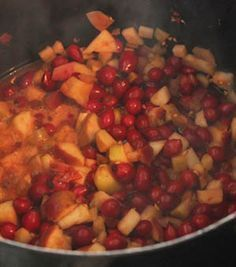 Apfel-Hagebutten-Marmelade selber machen - Anleitung mit Fotos Chutney, Kraut, Kung Pao Chicken, Ratatouille, Superfood, Jelly, Food And Drink, Ethnic Recipes, Desserts