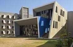 Gallery of The Street / Sanjay Puri Architects - 18