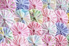 Outro modelo de flor de fuxico passo a passo | Revista Artesanato