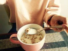Sabroso  desayuno con Leche light y cereal con Quinua y Cañihua Peruano