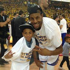 Andre Iguodala & his son celebrate going to the #NBAFinals for the 1st time.
