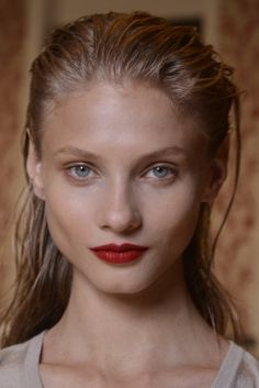 Anna Selezneva ( September 2011 – March – Page 59 – the Fashion Spot Source by VasPav Just Beauty, Hair Beauty, Anna Selezneva, Perfect Red Lips, Provocateur, Healthy Lifestyle Motivation, Glamour, Mens Fall, Wife And Girlfriend