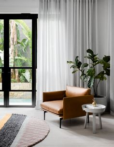 An Inner-City Terrace With Personality + Garden Views! terrace design An Inner-City Terrace With Personality + Garden Views! Architecture Design, Modern Townhouse, Melbourne House, Terrace Design, Street House, Home Trends, Interiores Design, Cheap Home Decor, Decoration