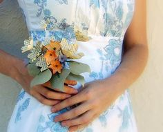 Small posy flowers idea for bouquets and table
