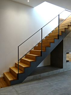SMG Treppen Wangentreppe WAT 4500 Treppe & Foto by The Effective Pictures We Offer You About open Stairs A quality picture can tell you many th Modern Staircase, Staircase Design, Stair Art, Stairs Stringer, Open Stairs, Mobile Home Living, Modern Fireplace, House Stairs, Industrial House