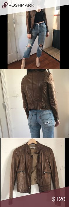 """BAYSIDE made in Italy Vera Pelle leather. Small Softest leather I've ever felt, beautifully lined and well made Bayside from Italy. This is a very detailed piece! The model is 5'7"""" 135lbs for side reference. It is a small, or women's 4-6. bayside Jackets & Coats Blazers"""