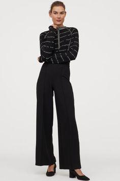 Weite Jerseyhose - Schwarz - Ladies | H&M AT 2 Zara United States, Trousers Women, Neue Trends, Sorting, Sliders, Lady, Dresser, Jumpsuit, Sweatshirts