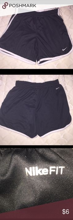 Nike Fit shorts. This pair has been worn a lot, but still has some life left in them! They are Nike✔️. Nike Shorts