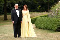 Melania Trump brings major glamour for black-tie dinner at Blenheim Palace Yellow Plaid Skirt, Yellow Dress, Bridesmaid Dresses, Prom Dresses, Wedding Dresses, Yellow Evening Gown, Donald And Melania, Black Polka Dot Dress, Black Tie Affair