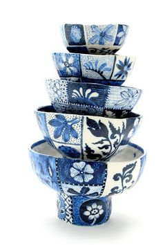 Contemporary ceramics, innovative pottery and ceramics, céramique nouveau, avant garde and cutting edge ceramic design and techniques are featured in this post. China Painting, Ceramic Painting, Ceramic Art, Porcelain Ceramics, Ceramic Bowls, White Ceramics, Stoneware, Blue And White China, Blue China