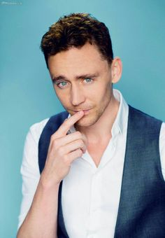 My new favourite pic!Mmmhhhh....yummy guy! Tom W.Hiddleston my disney prince as Loki❄❤