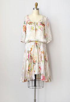 Google Image Result for http://www.adoredvintage.com/images/dresses/vintage1920sinspiredsilkfloraldress.jpg