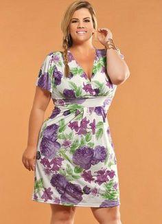Vestido Decote V Plus Size Floral - Posthaus