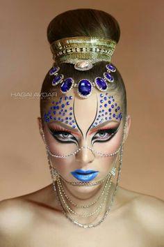50 Ideas For Nails Blue Silver White Eye Makeup Makeup Fx, Beauty Makeup, Exotic Makeup, Makeup Geek, Skin Makeup, Maquillage Halloween, Halloween Face Makeup, White Eye Makeup, Silver Makeup