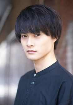 Bilderesultat for yoshimoto kouki Japanese Drama, Japanese Men, Manga Cat, Stage Play, Kamen Rider, Power Rangers, Boys Who, Haikyuu, Handsome