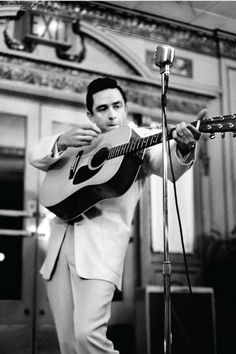 Johnny Cash. Martin Acoustic.