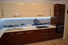 Navy Kitchen, Modern Kitchen Cabinets, Kitchen Cabinet Design, Modern Kitchens, Kitchen Ideas, Table, House, Furniture, Diana