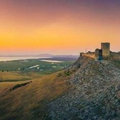 Experienţe în România: Trip to Dobrogea Fortresses: Orgame & Enisala – Romanian Journeys Danube Delta, Utila, Medieval Fortress, Hidden Places, Sustainable Tourism, Saint George, Romania, Monument Valley, Journey