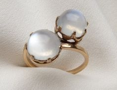 vintage moonstone ring via isadora's