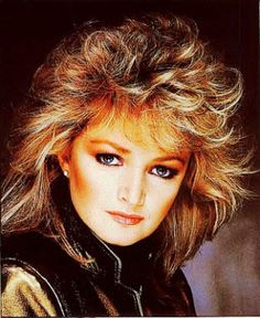 Bonnie Tyler- She has such an AMAZING voice.