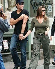 Jon Bon Jovi & Dorothea - Jon's triceps are the main attraction here!! :-D @suelimariarufino • Instagram