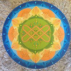 Mandala 60cm por Paulinha Assahi