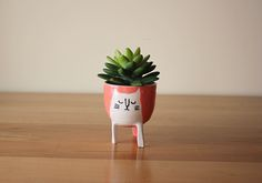 small three-legged cat planter in pink | made by beard bangs | GREAT.LY