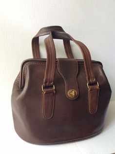 COACH VINTAGE 60's BONNIE CASHIN MAHOGANY BROWN FRAMED PURSE DOCTOR BAG HTF | eBay Vintage Purses, Vintage Coach, Travel Handbags, Tote Handbags, Bonnie Cashin, Summer Purses, Western Purses, Mahogany Brown, Frame Purse
