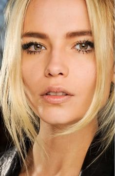 Dark brows, blonde hair = Winner! Makeup, very Kate Moss 90's inspired..