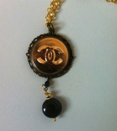 HANDMADE 116 - necklace vintage - boule agata nera - bottone logo