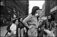 Photographs by Susan Meiselas, 1978.