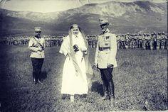 Majestatea Sa Regina Maria a României și Mareșalul Alexandru Averescu la bătălia de la Mărăști, 11 iulie 1917. ROMÂNII ÎȘI VOR MONARHIA ÎNAPOI! https://www.facebook.com/anrmro