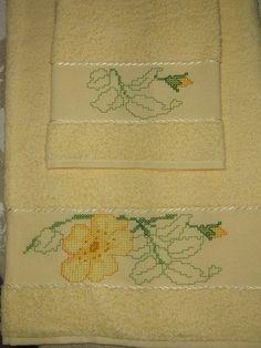 Asciugamani con tecnica perline