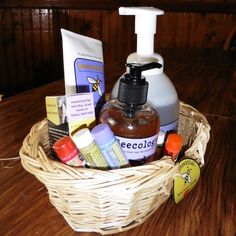 REVIEW - Beessentials Natural Skin Care - Mom Knows It All. : Mom Knows It All.