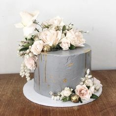 Cakes – Greenberg & Co Cakes Leichhardt New South Wales - therezepte sites Creative Wedding Cakes, Diy Wedding Cake, Floral Wedding Cakes, Floral Cake, Wedding Cake Designs, Buttercream Cake Designs, Single Tier Cake, Wedding Cake Fresh Flowers, Ice Cake