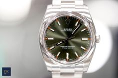 Rolex Oyster Perpetual 34 Olive Green/Steel 34mm  ref. no.: 114200 (Olive Green)