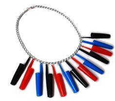 Grassetto upcycled multicolore Biro coperchi collana, collana di fascino, Eco Fashion, Eco gioielli, collana, gioielli originali, gioielli di plastica